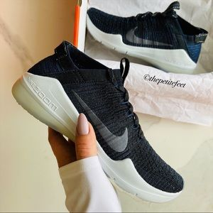 NWT Nike air zoom fearless flyknit